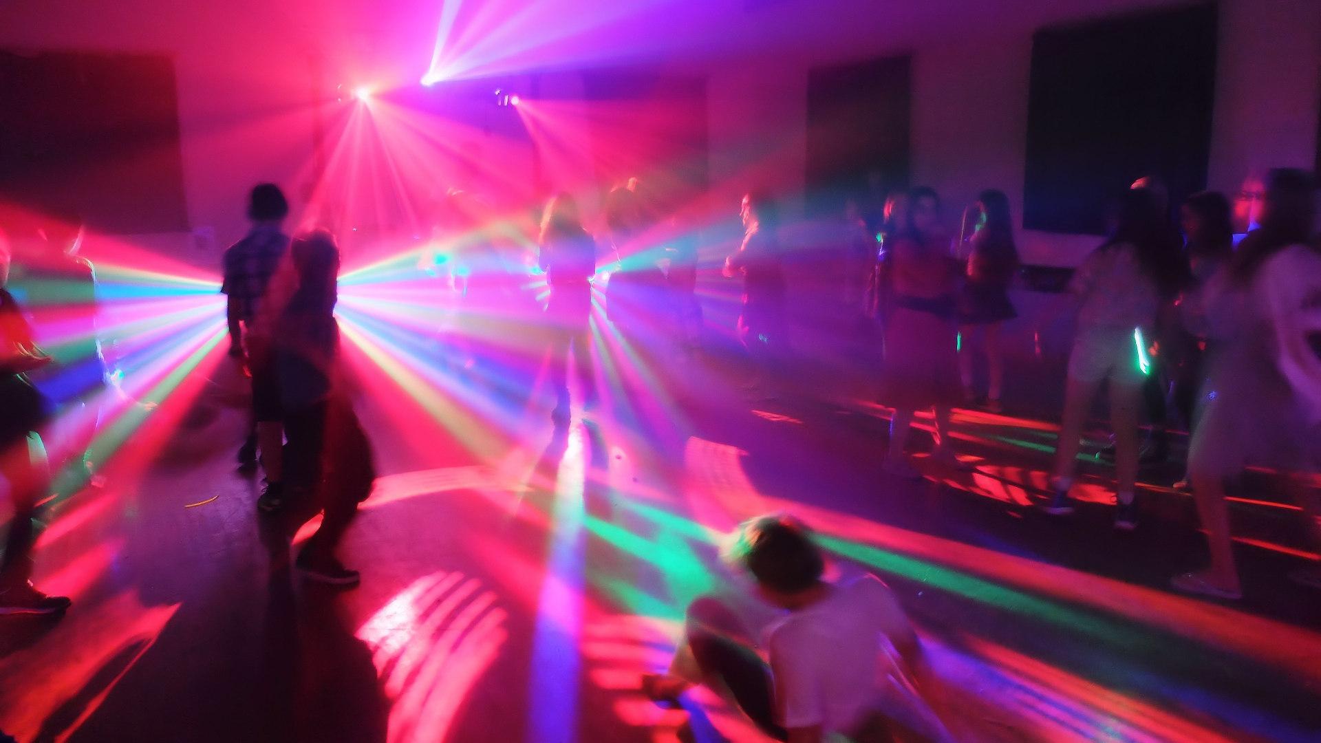 Childrens Disco Hire Streetbeat Disco - Childrens birthday party ideas swindon